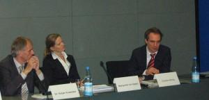 Vereint gegen die Eigenverbrauchsbelastung (v.l.): Holger Krawinkel, Margarete von Oppen und Carsten Körnig. Foto: I. Rutschmann