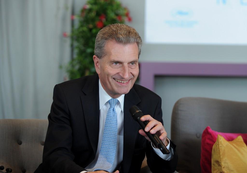 Bei der Digitalisierung der Wirtschaft sieht EU-Kommissar Günther Oettinger die Energiebranche ganz vorn. Foto: Europäische Kommission