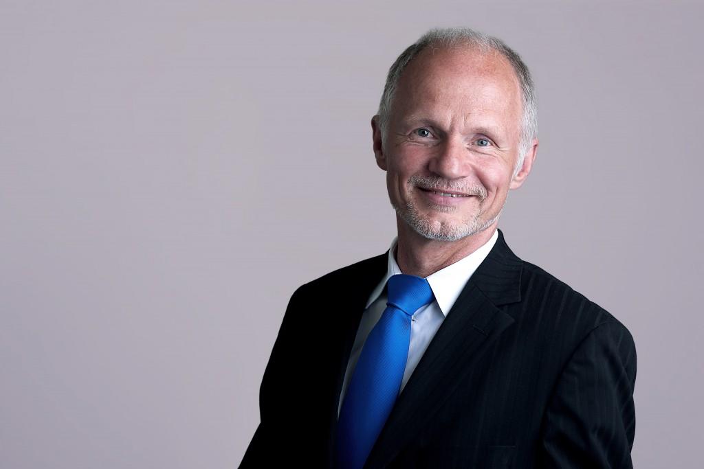 Das nächste EEG werde die Akteursvielfalt beim Bau geförderter Ökostromanlagen wahren, sagt Rainer Baake. Foto: BMWi